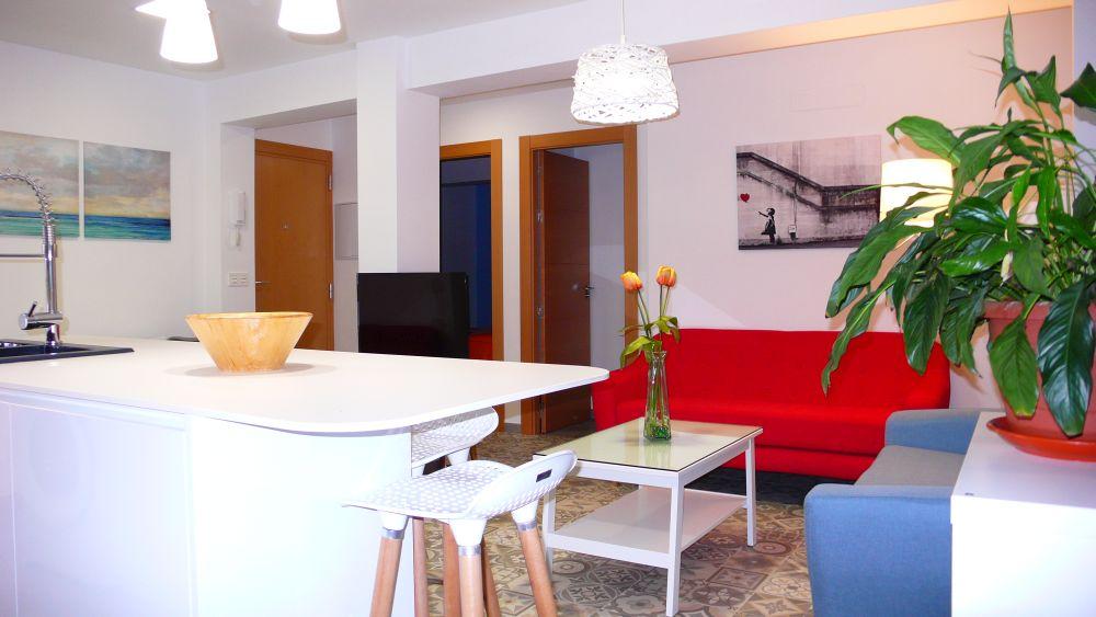 Reforma apartamento turístico. Granada. 2018.